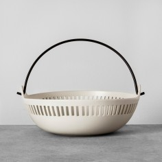 Cutout Bowl with Handle