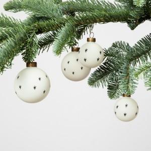Black and White Ornament Set