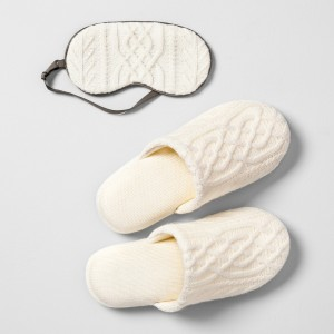 SLIPPERS AND EYE MASK SET